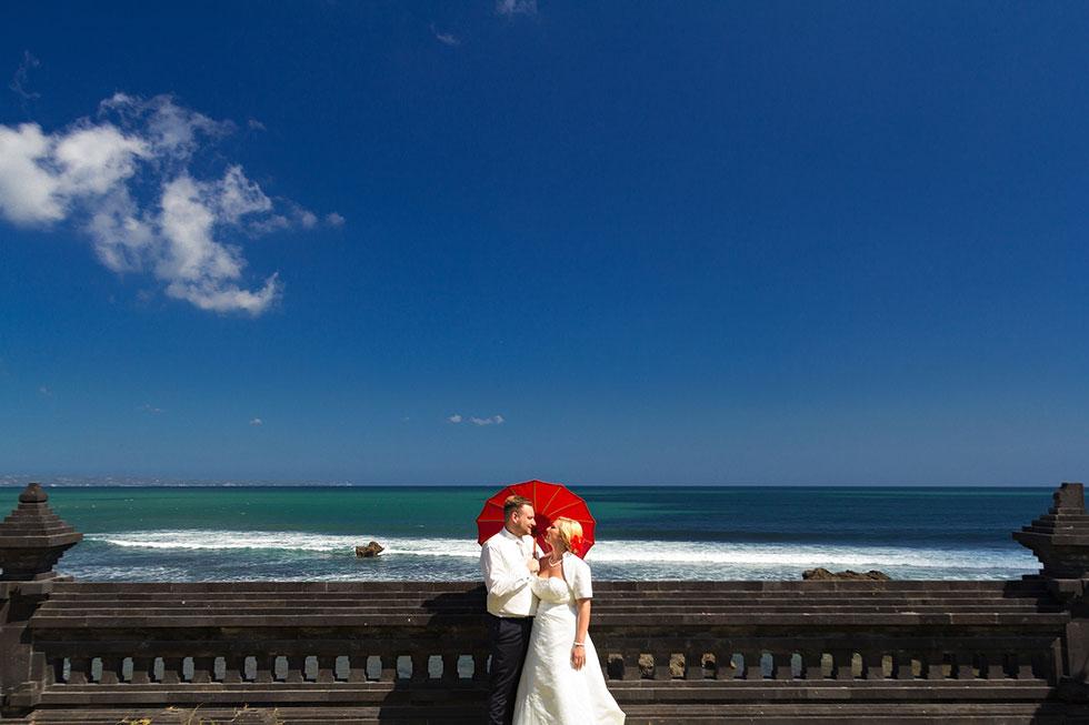 Best-engagement-photographer-Bali